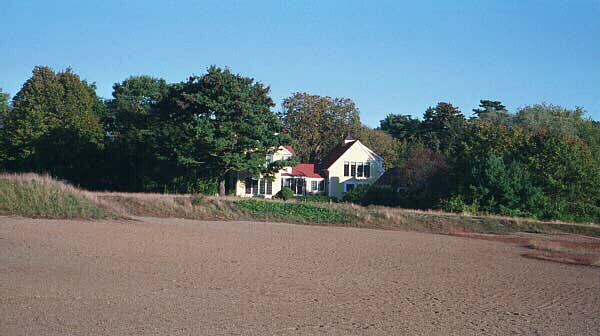 Ross lived in this house beside the 15th hole at Essex County in Massachusetts during the hot Pinehurst summers.