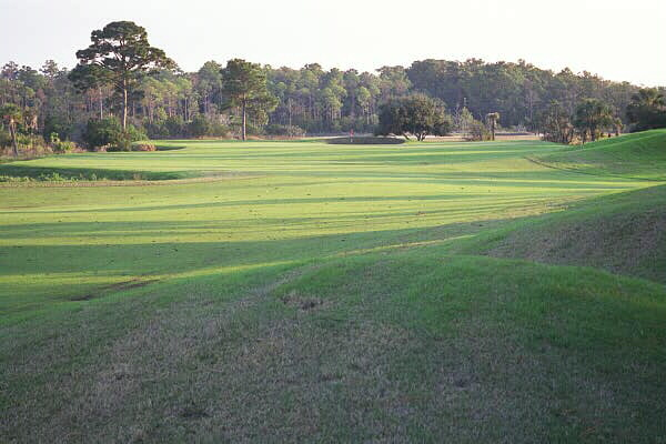 The widest green on the course requires a precise approach to the 6th.