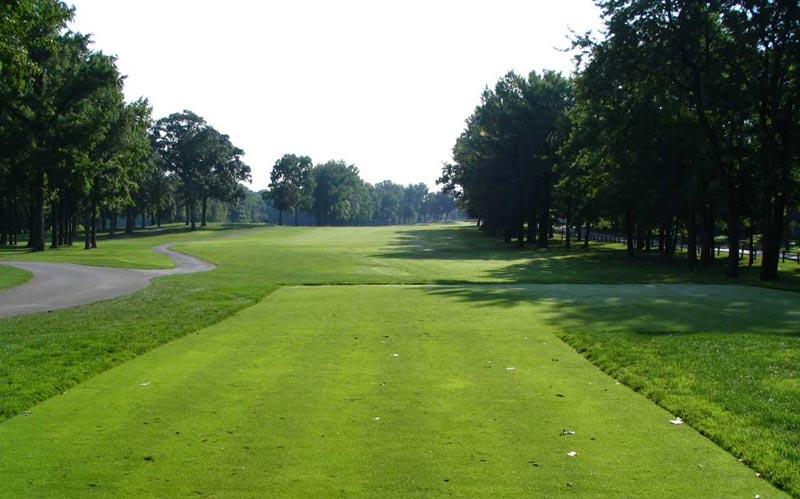 Eleven before the renovation. Notice the absence of bunkers.
