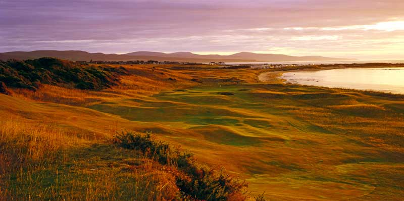The eighth at Royal Dornoch as it sweeps downhill.