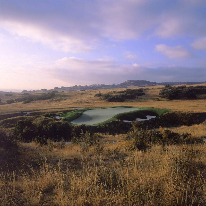 The bold 7th green at Pradera.
