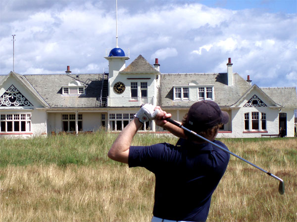 """The Clubhouse at Panmure  """" one of the best in Scotland."""
