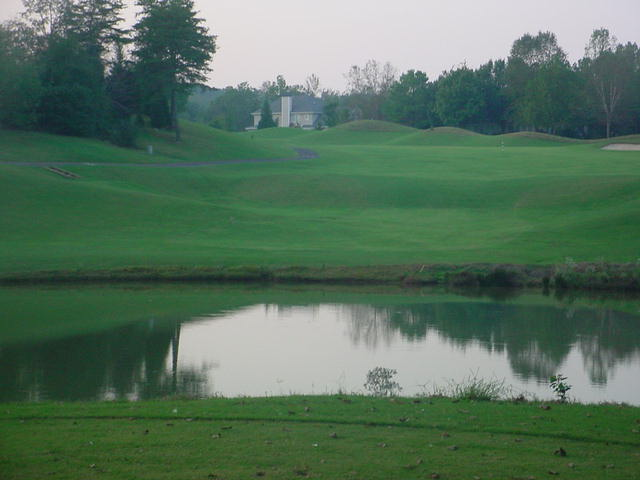 The dogleg fifteenth.