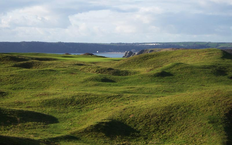 The waves of Pennard.