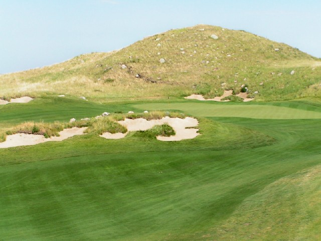 Sutton Bay,  Graham Marsh, Mark Amundson, Golf in South Dakota