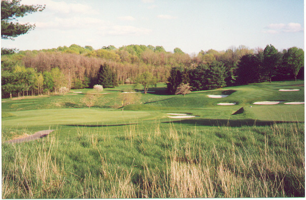 The 2nd (right) and 8th holes: Its difficult to imagine more different parallel one-shotters