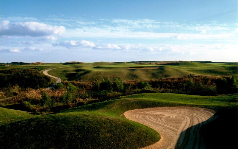 Born from a landfill, Wildcat in Houston provides great enjoyment to a number of golfers each year, in part due to its interesting elevation changes.