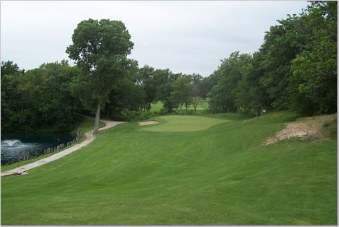 The 16th, as seen from the right of tee.