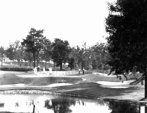 The famous one shot 12th at Beverly Country Club as seen during the 1931 U.S. Amateur Championship