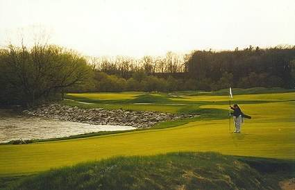 A great horizontal layout - the 12th at Blackwolf Run River Course.