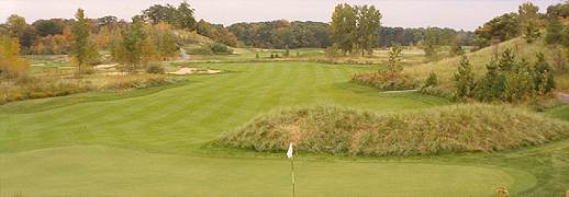There are numerous ways to play the second at Lost Dunes