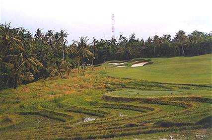 Nirwana Bali and its original opening hole complete with rice paddies.