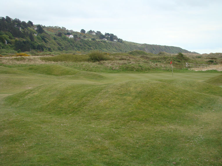 The array of recovery shots one faces during a playing season is to be lauded. The fourteenth is both long and hard as well as fun and memorable, a combination that links golf serves up more readily than heathland or parkland courses.