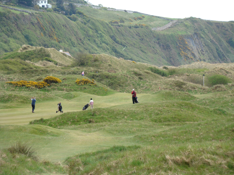 A hole with few peers – the bunkerless fifteenth at Harlech. The tee ball is played to an angled fairway and again in true links fashion…