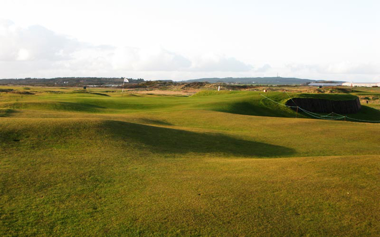 For a hole that measures less than 300 yards, the sixteenth causes an uncommonly great amount of woe. Just ask Willie Campbell who saw his bid for the 1887 Open Championship disintegrate here when he made an eight.