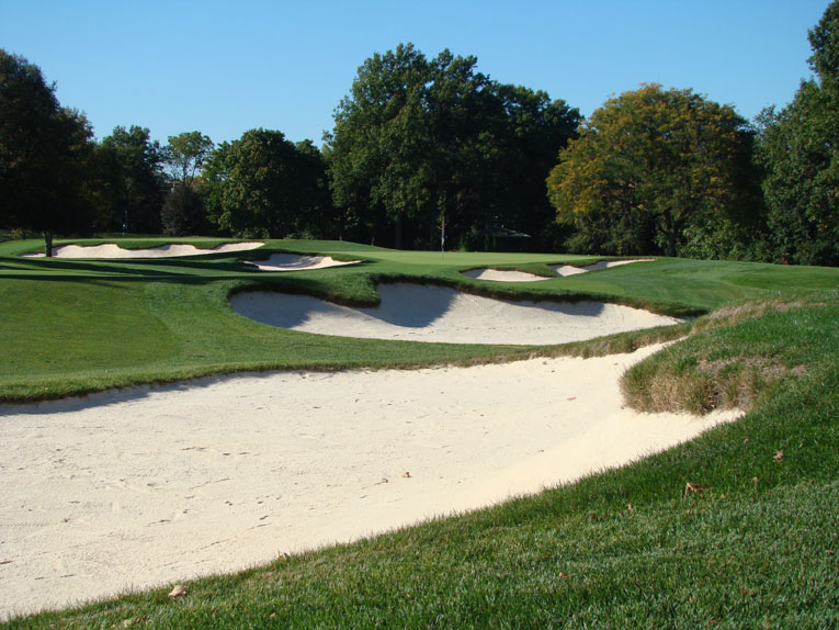Rare is it to see two bunkers in close proximity that look at each other.