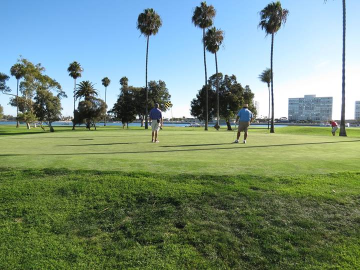 …Daray once again deceives the golfer; the top tier is large enough to be a green by itself!