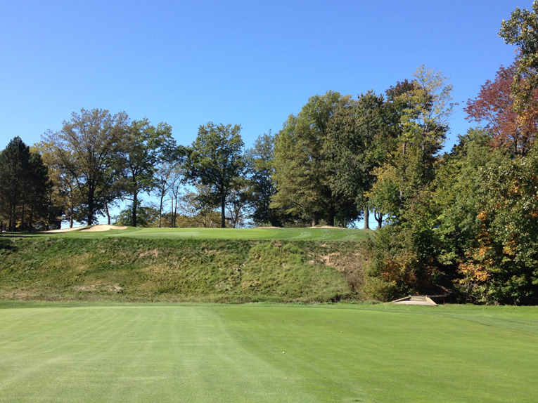 Strong built some of the most famous holes in the United States during the 1920s, including the 2 or 20 hole at Engineers and the confrontational 15th at Canterbury. Imagine the club golfer having to climb this forty foot gnarly embankment with hickories!