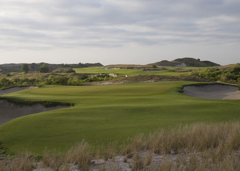 Streamsong is a great example of how golf can be used to enhance the ecological and recreational value of a sandy site, in this case a former Phosphate mine.