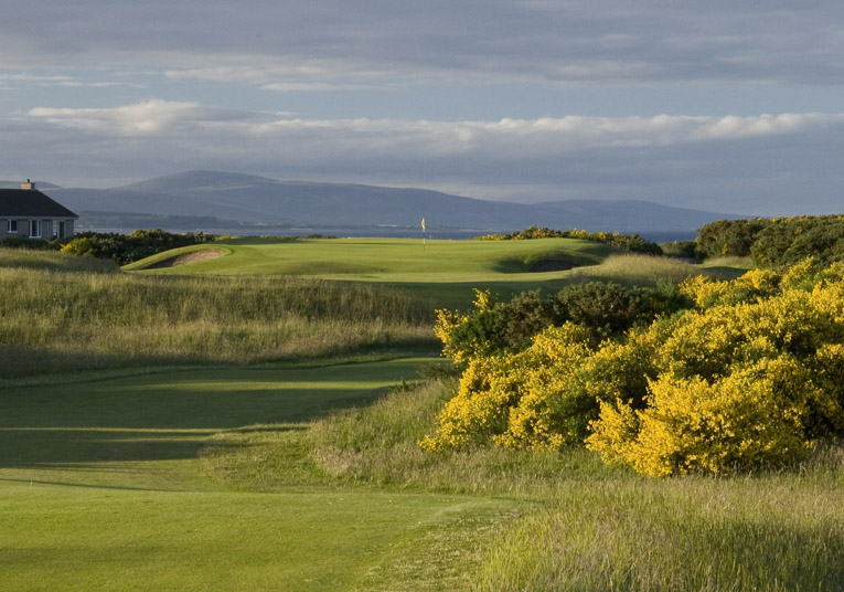 A summer at Royal Dornoch fostered Waters' appreciation for golf on sandy terrain.