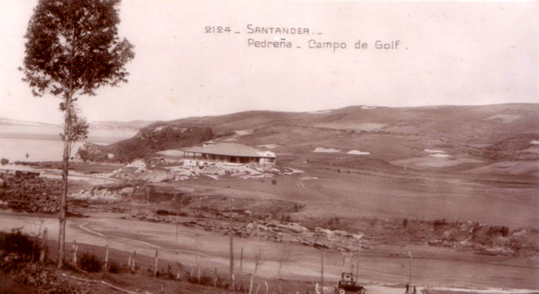 View of the clubhouse and the 18th at Pedreña in the 1930s