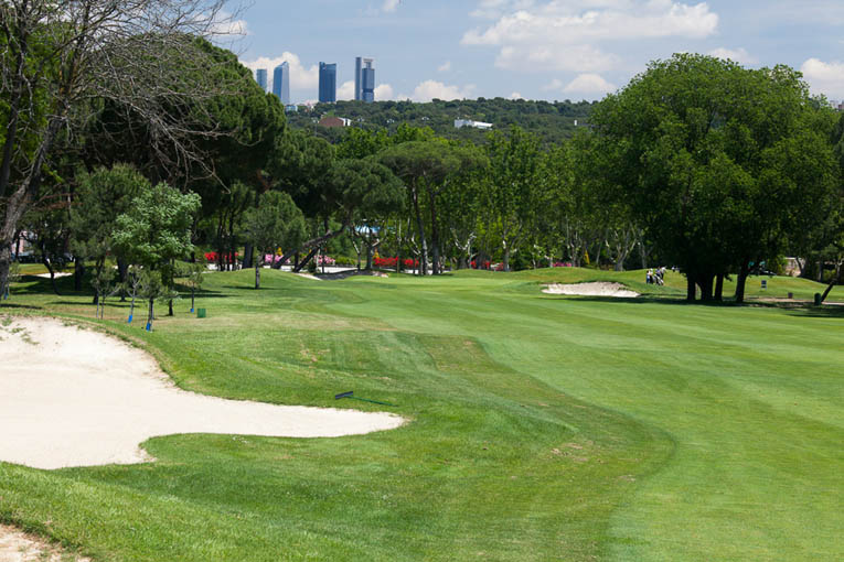 At Club de Campo's 13th, the left side of the fairway offers a direct entrance to the front to back sloping green.